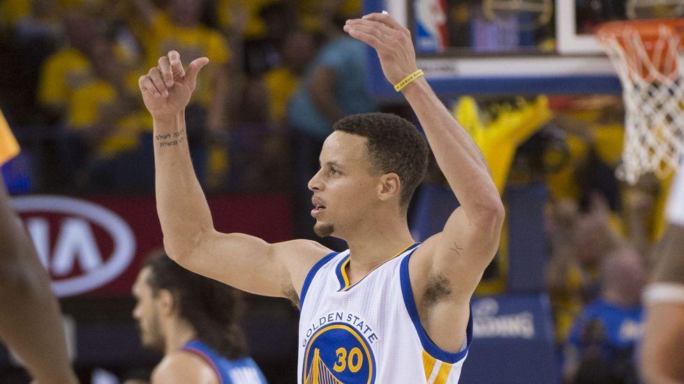 Curry, encantado tras imponerse alos Thunder