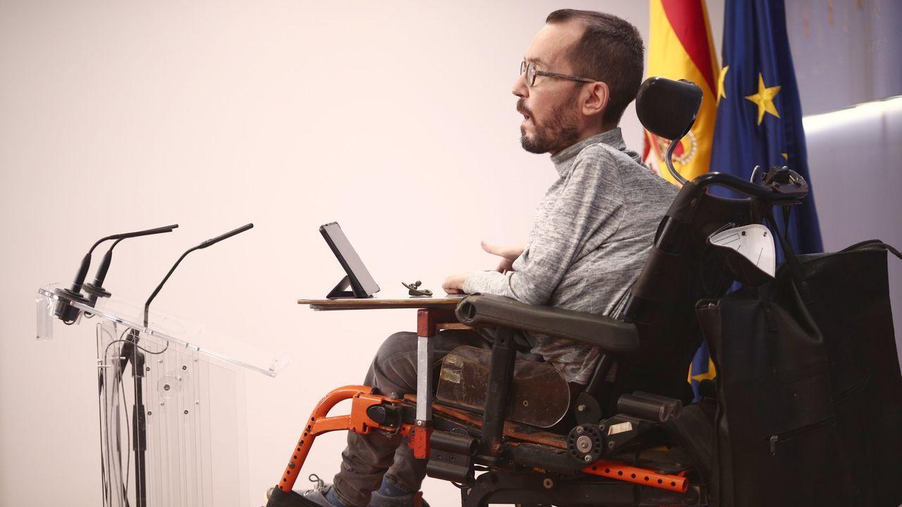 EN DIRECTO: Manifestación en Barcelona en apoyo al rapero Hasel.El portavoz parlamentario de Unidas Podemos, Pablo Echenique, interviene en una rueda de prensa en el Congreso de los Diputados
