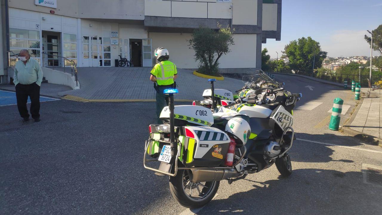 Fallece el copiloto de un camión que transportaba explosivos en Portomarín.Entrada de uva, la pasada vendimia, en la bodega Rectoral de Amandi