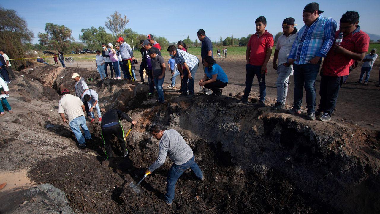 EN DIRECTO:Juan Guaidóaparece en públicotras su autoproclamación como presidente.Pobladores de Tlahuililpan participan junto con familiares en la búsqueda de restos de las personas fallecidas en la explosión del oleoducto
