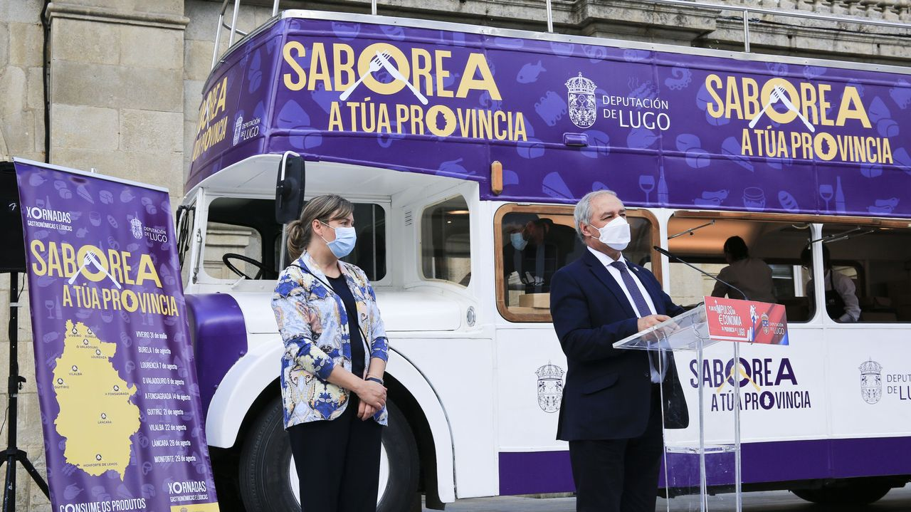 «Saborea a túa provincia», degustaciones de productos locales para promocionar su consumo.José Luis Martínez Montero en una exposición de fotografías antiguas que presentó en la Casa de Cultura de Monforte en el año 2000,