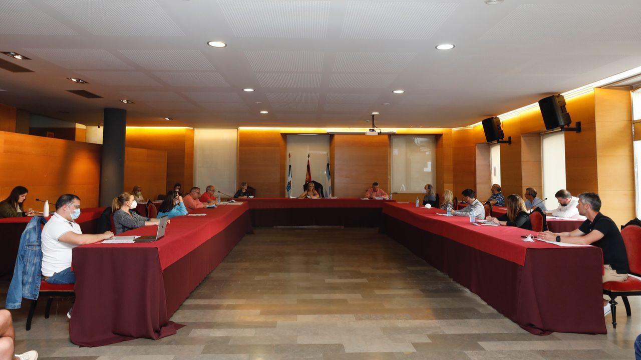 «Si Gobierno y Xunta cumplen, podemos ser salvados».Quintana y Lenguas también visitaron en Burela obras de Portos en los muelles