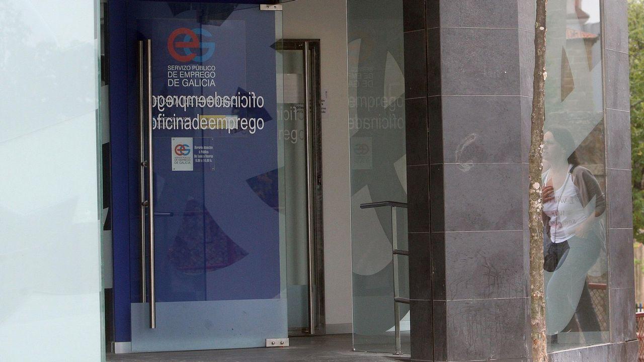 Rubén Rosón se dirige a Agustín Iglesias Caunedo, al término de un pleno de Oviedo.La antigua Fábrica de Armas de Oviedo se ha convertido en la  Fábrica Scorsese , un espacio destinado a homenajear con distintas actividades al cineasta neoyorquino en los días previos a que recoja el Premio Princesa de Asturias de las Artes
