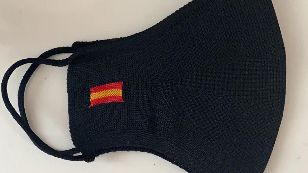 Mascarilla con la bandera de España