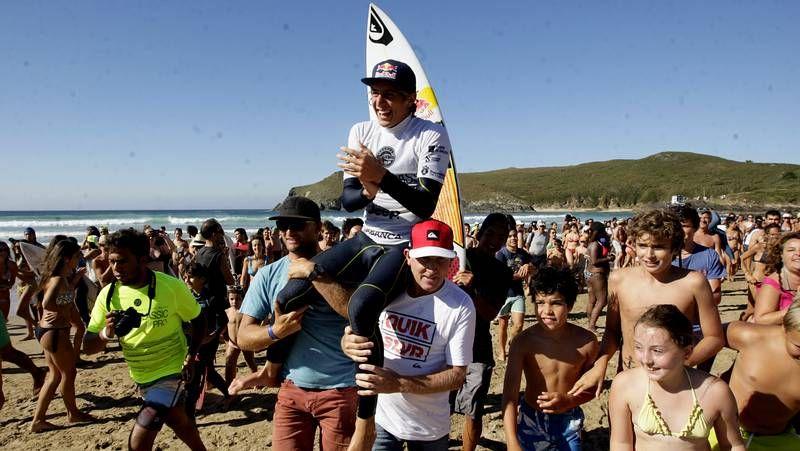 Las imágenes del Pantín Classic 2014.El italiano surfeó en Pantín con mucha clase.