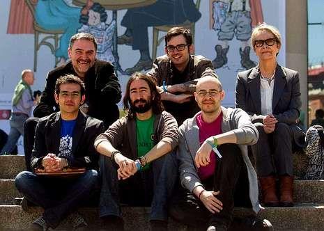 Prado y los ganadores del Ficomic.
