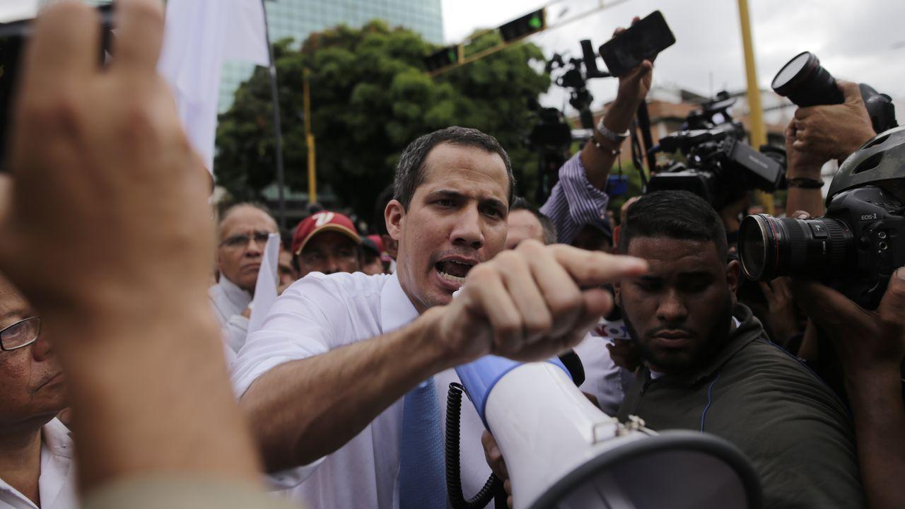 Guaidó, durante una manifestación de la oposición el 10 de marzo