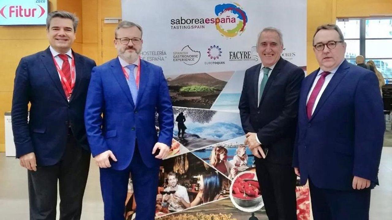 Alfredo García Quintana y representantes de Saborea España