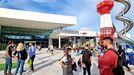 Primer día de apertura del Centro Comercial Vialia de Vigo