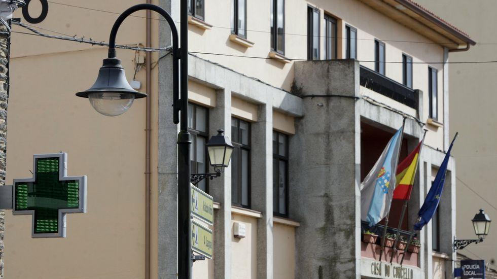 Monjas de Viveiro muestran a jóvenes «una vida feliz» sin wasap ni Facebook.El candidato y líder de Unidas Podemos, Pablo Iglesias, en un acto electoral