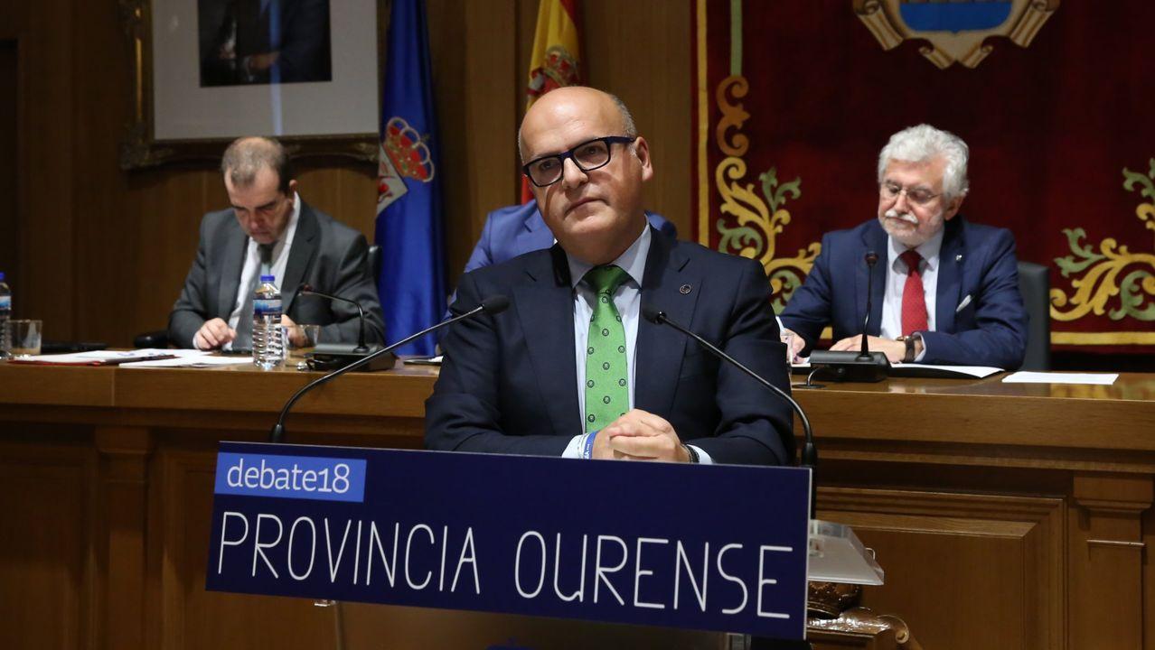 Ana Pontón, por su parte, dijo que Feijoo llegó al hemiciclo del Parlamento de Galicia «cunha imaxe de presidente esgotado que chega coas mans baleiras» y que no tiene nada que ofrecer.