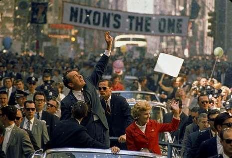 Trailer oficial.Nixon, a quien Stone dedicó una película, será uno de los protagonistas de este documental.