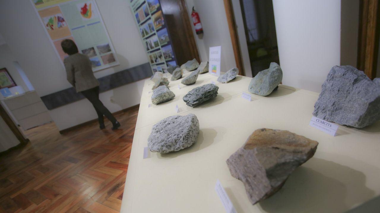 En la fotografía, vista de archivo de la playa urbana del concello de Ares.