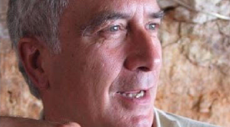 Así es Chuchi, el shar pei de Oleiros.Asamblea del Consorcio llevada a cabo en el año 2000 en A Fábrica de Perillo