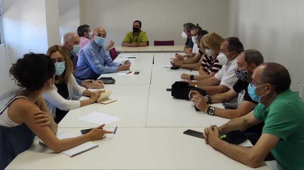 La reunión tuvo lugar los locales del comité de empresa en Monforte