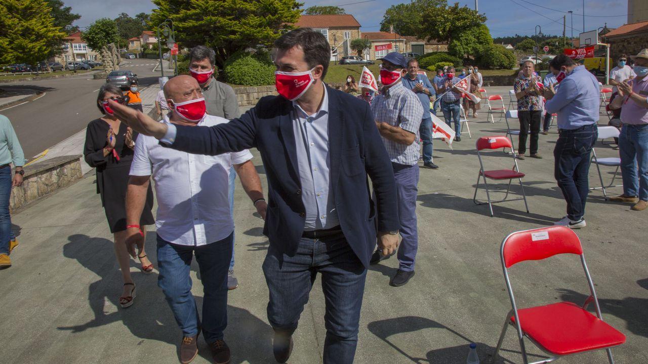 Así fue el mitin de Gonzalo Caballero en Ponteceso.Alcaldes socialistas reunidos la semana pasada con el presidente de la Deputación en Muxía