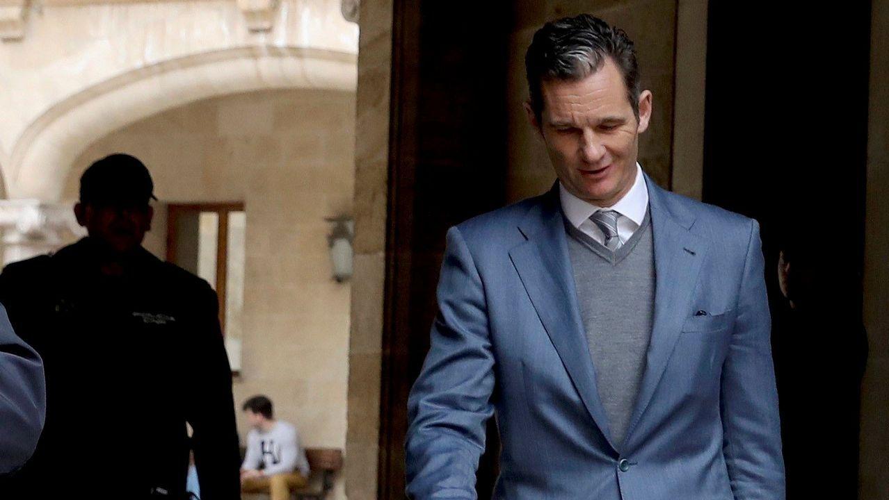 | EFE.Iñaki Urdangarín, a la salida de la Audiencia de Palma donde fue juzgado por el caso Nóos