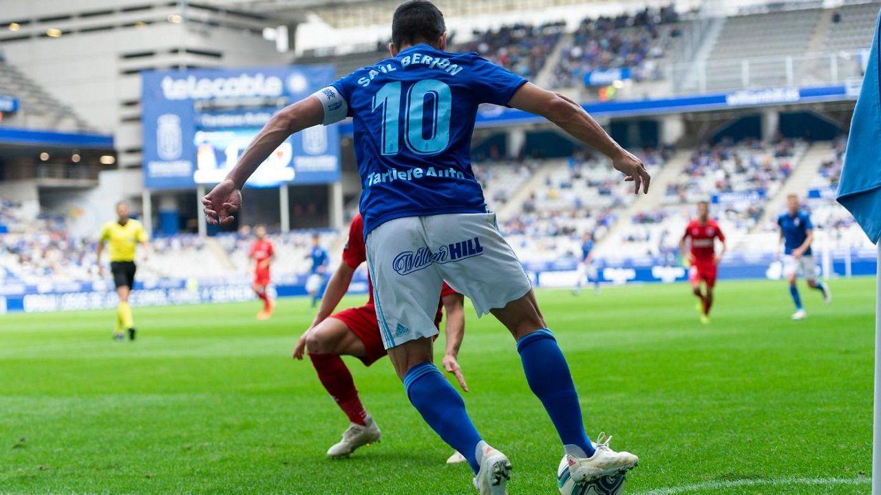 Saúl Berjón durante el Real Oviedo-Numancia