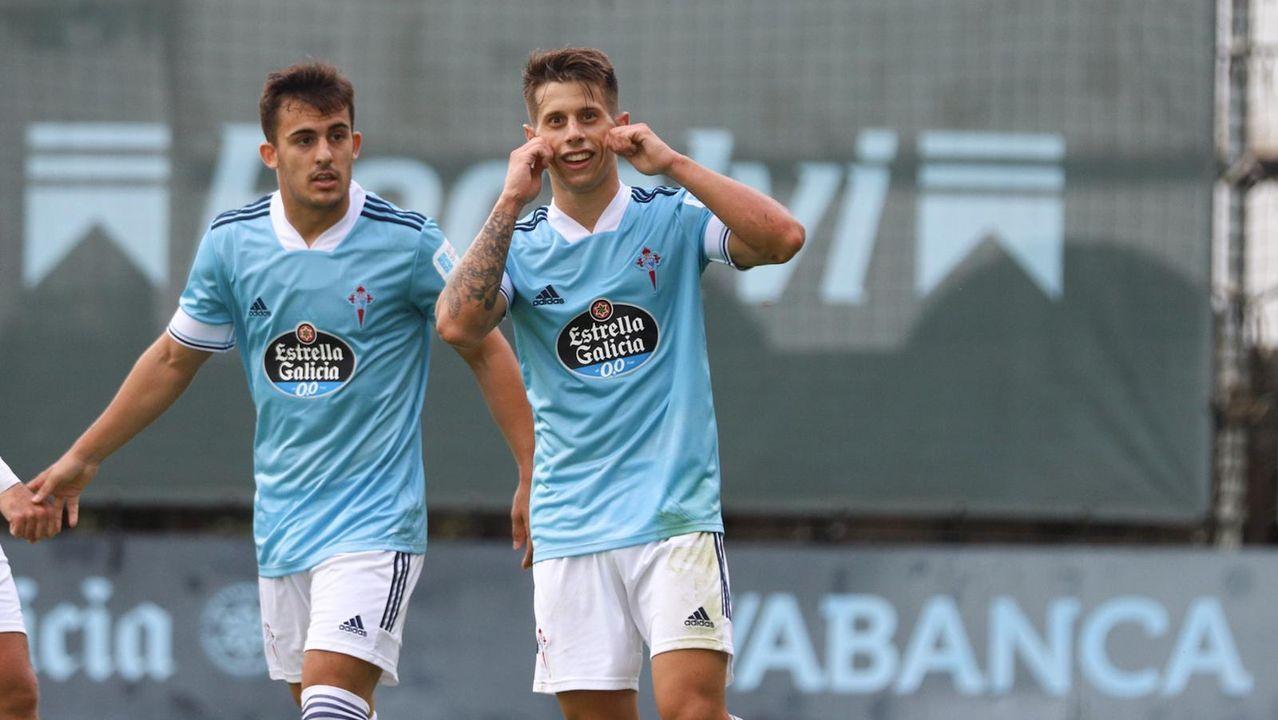 Messi celebra con Pedri el tercer gol del Barça en Valladolid