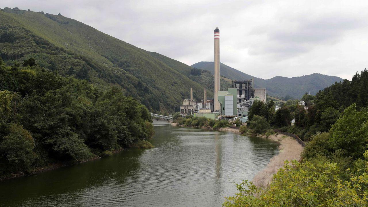 Obras en la variante de Pajares.Central térmica de Soto de la Barca (Tineo), de la compañía energética Gas Natural Fenosa.