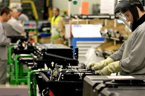 De Vigo sale el 15 % de la producción automovilística española.<span lang= es-es > ó. v.</span>