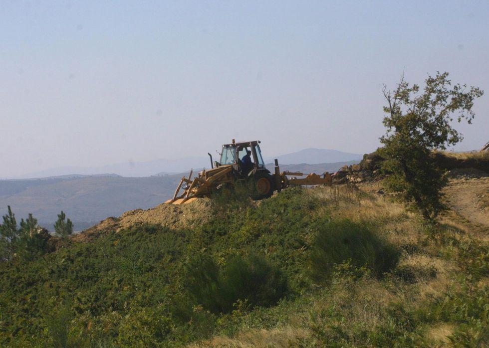La Pedra da Cabirta pesa entre 50 y 60 toneladas y su margen de oscilación es de unos 15 centímetros.