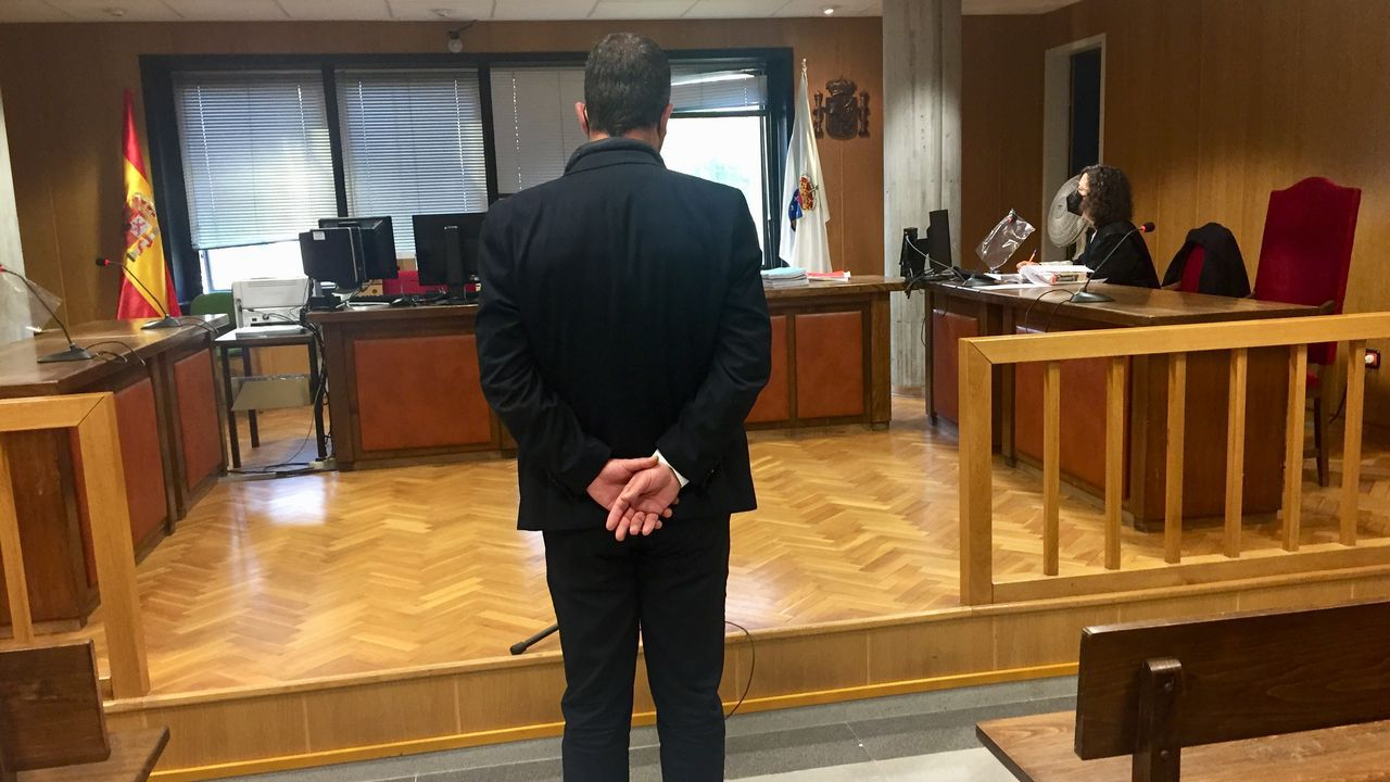 Un velerochoca contra el yate A en la ría de Vigo.La empleadora acusada de abusos durante el juicio en el que resultó condenada a nueve años de cárcel