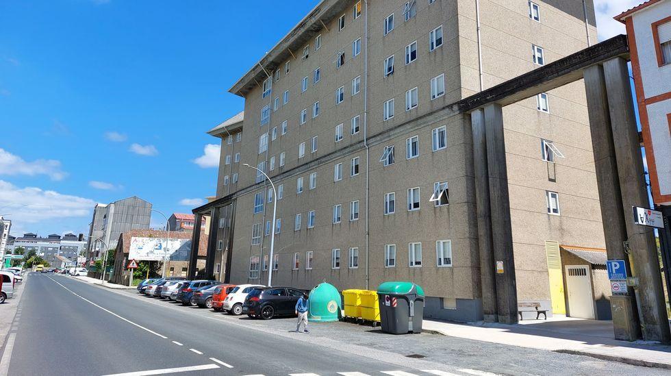 Proba de campo a través de deporte escolar,  Campamento xuvenil Virxe do Loreto - Porto do Son.La calle Salvador de Madariaga ha sido escenario de decenas de intervenciones policiales