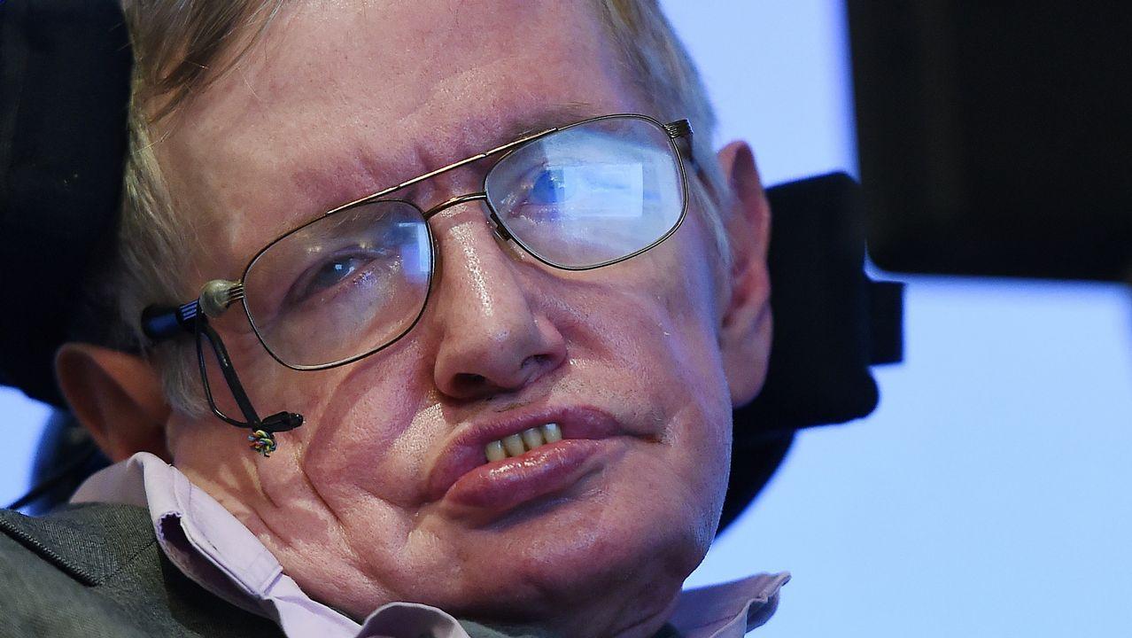 La misión gallega en el CERN.A Hawking le diagnosticaron ELA a los 21 años, pero nunca se rindió