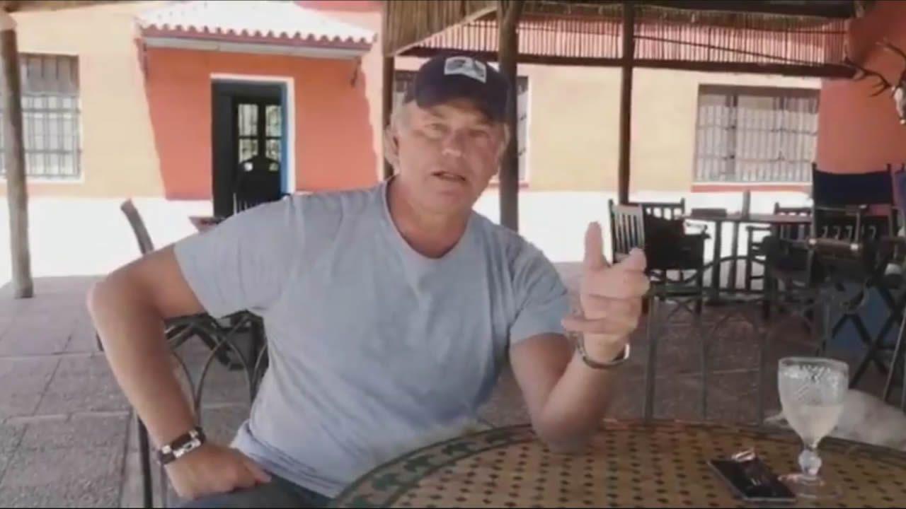 Captura del polémico vídeo que Bertín Osborne ha publicado en Twitter donde carga, entre otros, contra Gabriel Rufián y Julia Otero