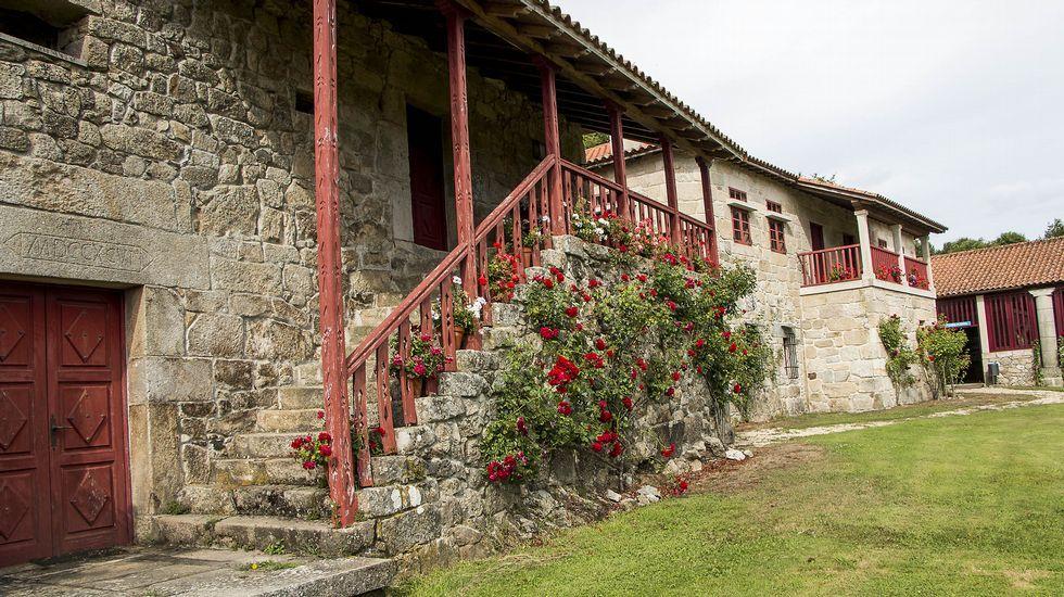 El pazo de Arxeriz está formado por un importante conjunto de construcciones tradicionales