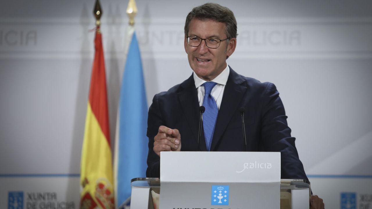 Billetes de 500 euros.El presidente de la Xunta, Alberto Núñez Feijoo, y la ministra de Hacienda, Maria Jesus Montero, en un acto el año pasado