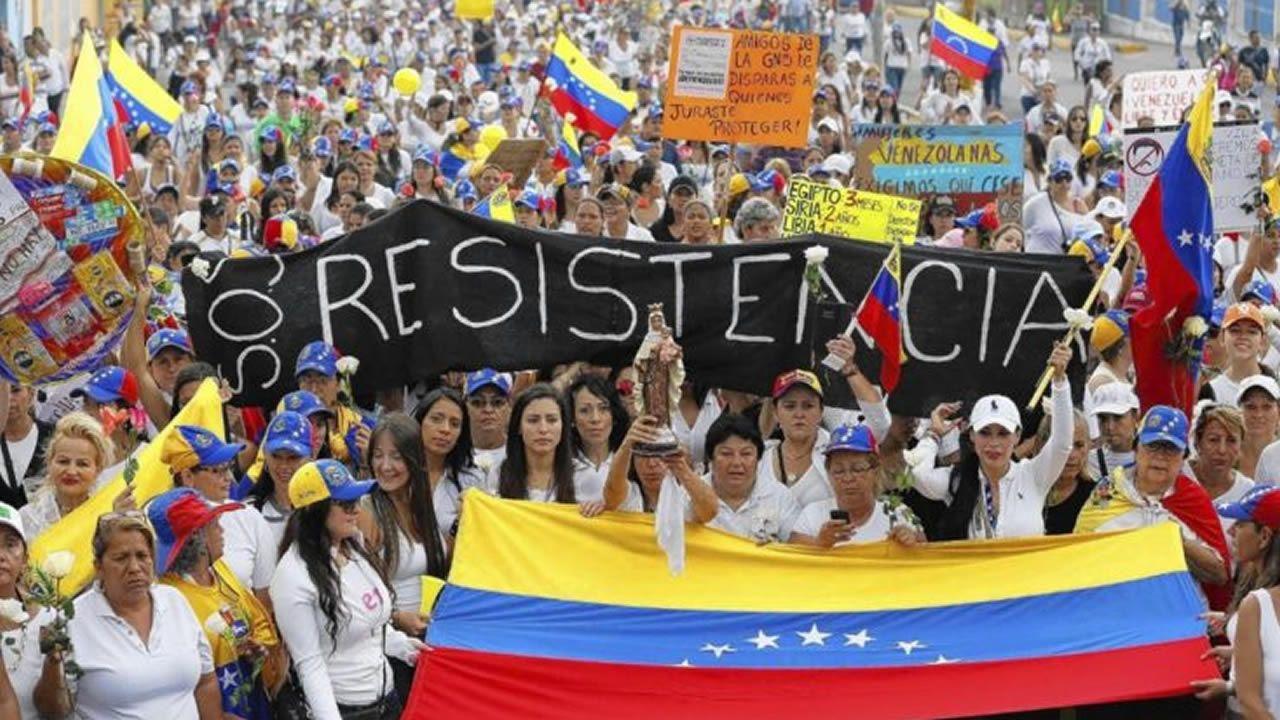 Leopoldo López abandona la cárcel