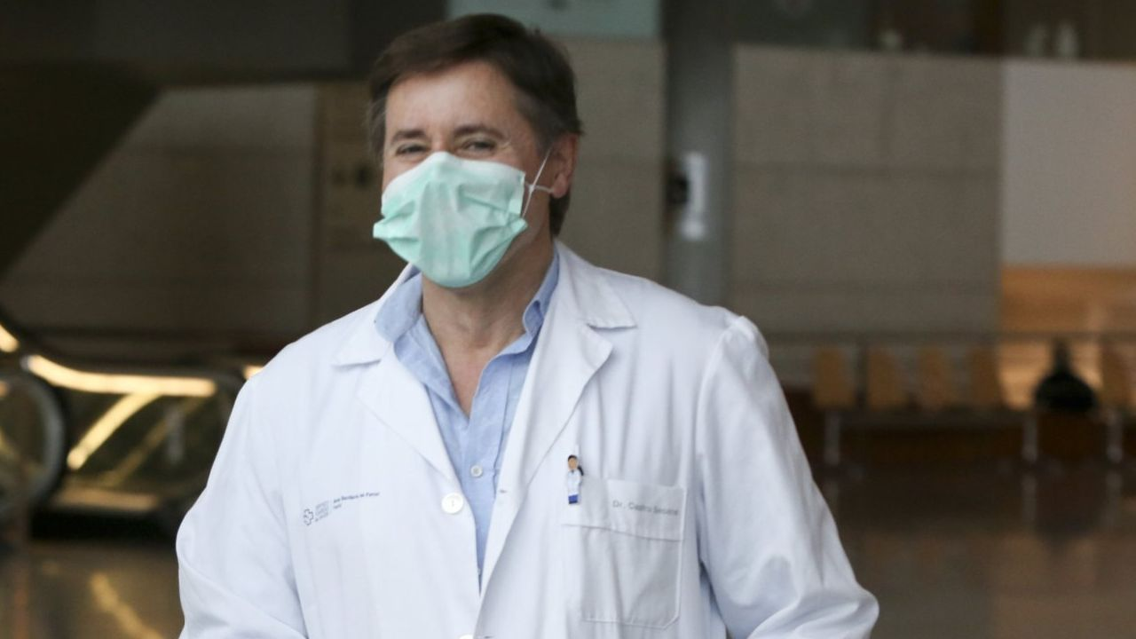 Francisco Castro Seoane, jefe de Anestesia y Reanimación:  Hemos perdido un poco la capacidad de ser optimistas