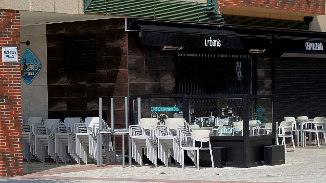 La Consejería de Salud del Principado ha confirmado hoy un rebrote de coronavirus en una cervecería situada en La Corredoria, en Oviedo, en la que dos empleados y un cliente habitual han dado positivo en las pruebas PCR que se llevaron a cabo esta madrugada en el Hospital Universitario