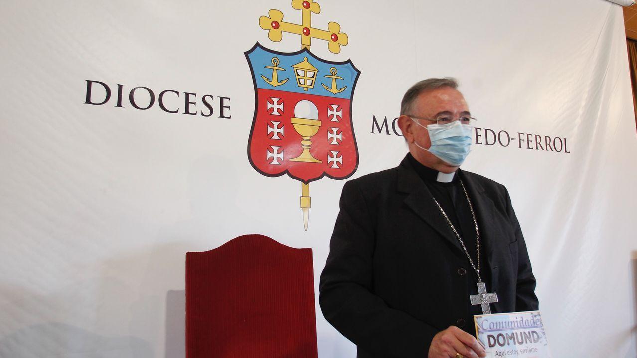 Luis Ángeld e las Heras compareció esta mañana ante los medios para anunciar que deja la diócesis ferrolana y se marcha a León
