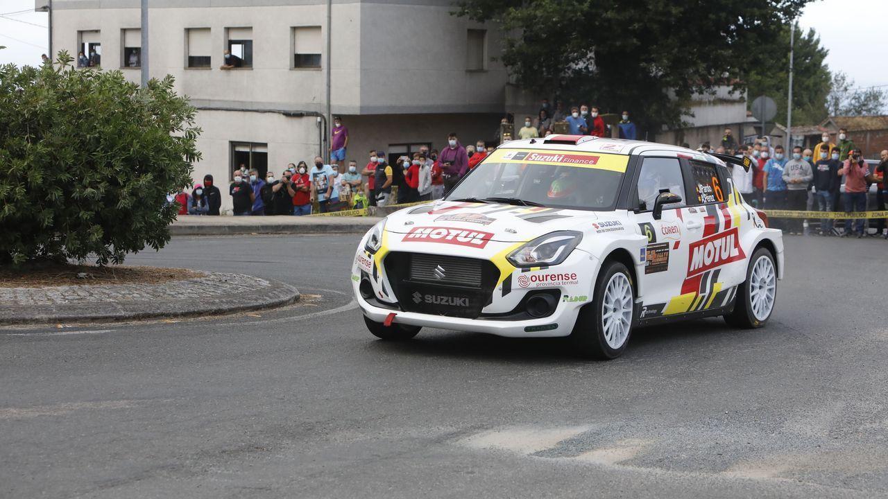 Javier Pardo, en el Suzuki del equipo oficial de la marca durante el Rali de Ourense 2020
