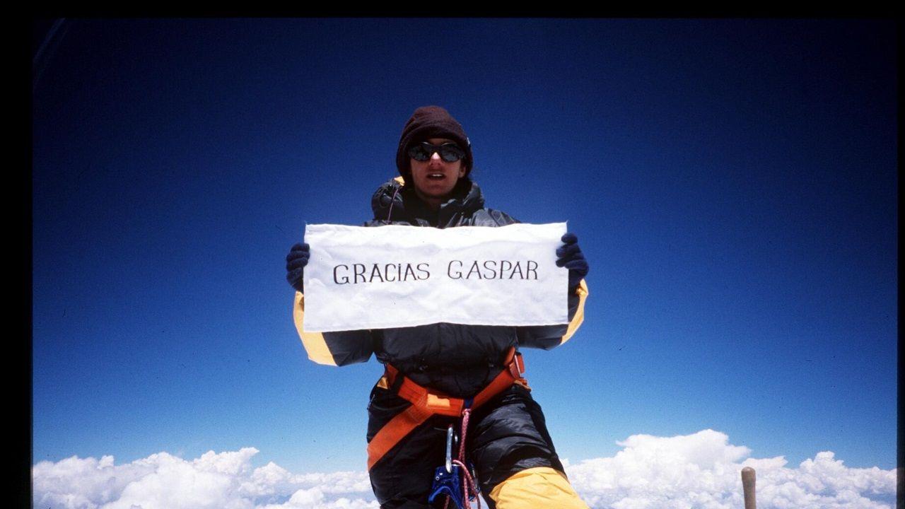 La viguesa en la cima del Everest