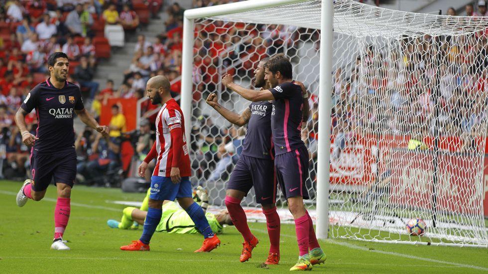 Luis Enrique: «Algo muy grave tiene que pasar para que Messi se pierda un partido».Los azulgranas celebran un gol
