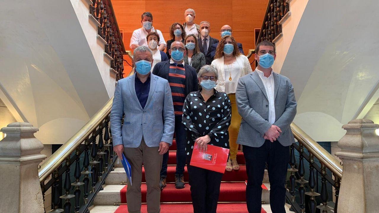 Los firmantes del Acuerdo de Concertación del Ayuntamiento de Gijón, tras el acto