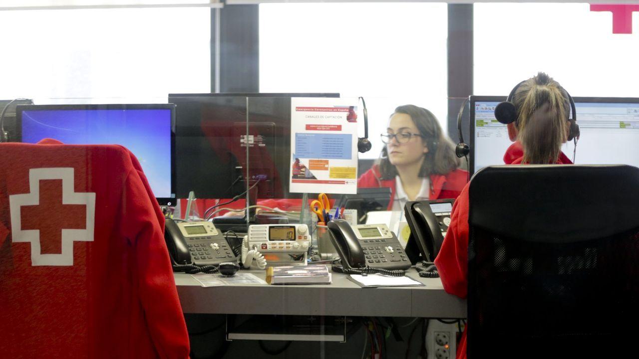 El servicio de teleasistencia de la Cruz Roja, funcionando durante la pandemia.