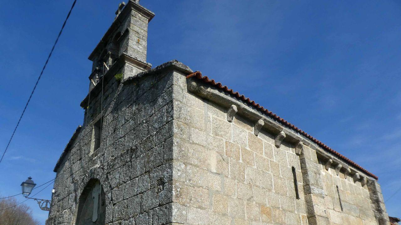 Iglesia de San Martiño de Bravío