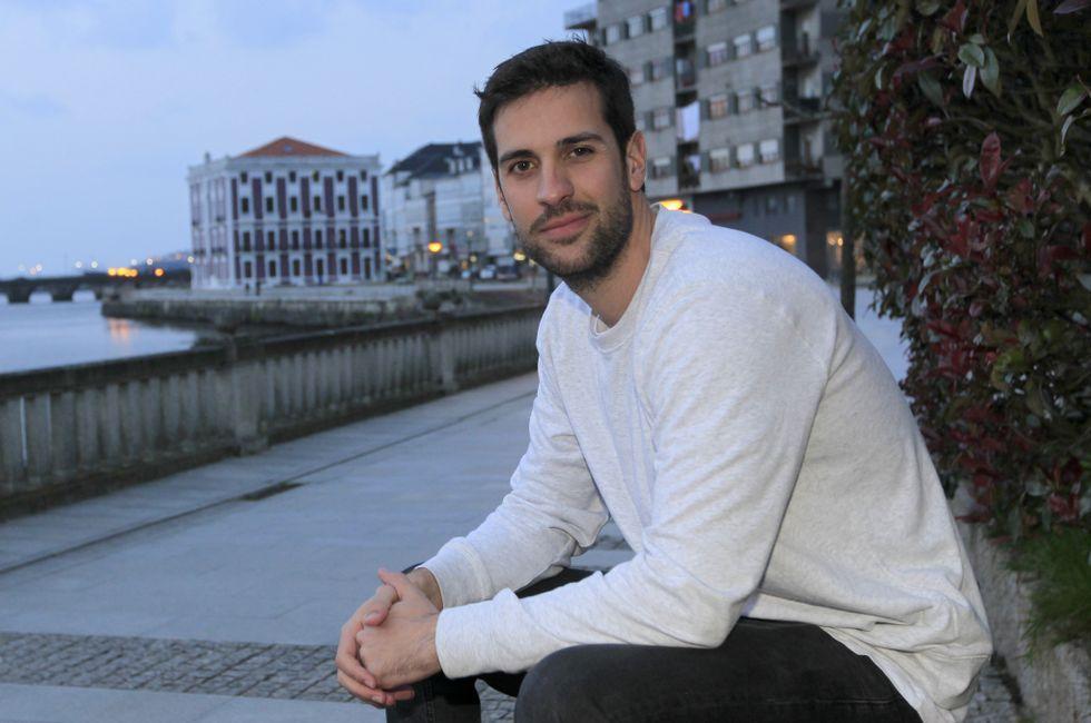 Ricardo está dispuesto a poner su experiencia en tareas de rescate a refugiados.