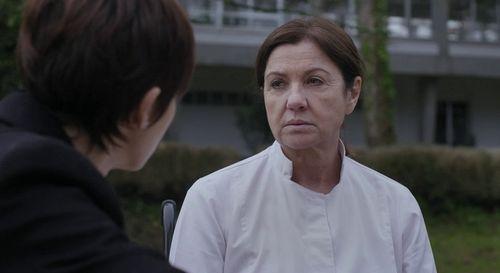 Teresa Soutelo (Uxía Blanco) está de vuelta en el pueblo, pero su regreso no despierta simpatías entre los vecinos