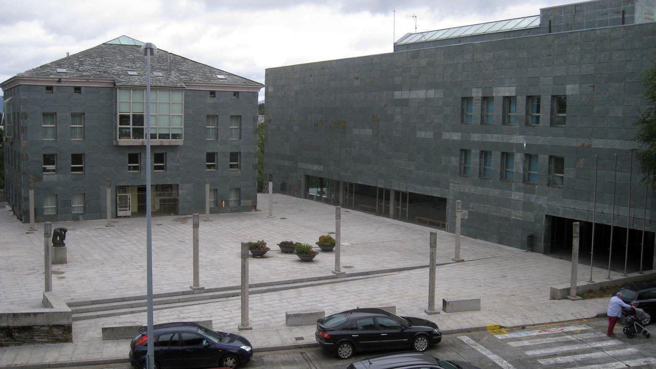 El Auditorio Municipal (a la derecha) será de nuevo escenario de la vida cultural de Vilalba