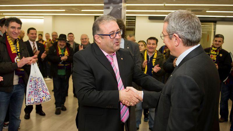 Reunión de peñas barcelonistas en Boiro