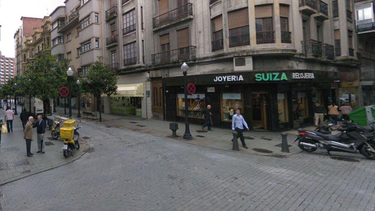 Plácido Arango.Antiguos juzgados en la calle Donato Argüelles de Gijón