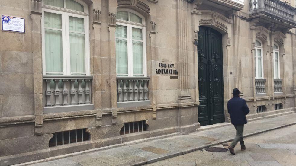La residencia Santa Marina está en el centro de Ourense