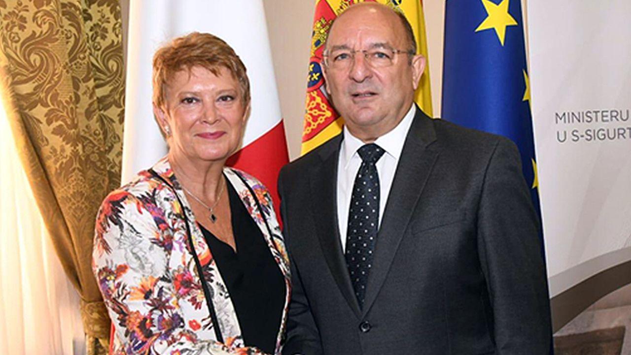 El voluntariado europeo saca lustre a Rodas.Consuelo Rumí, en su reciente viaje a Malta