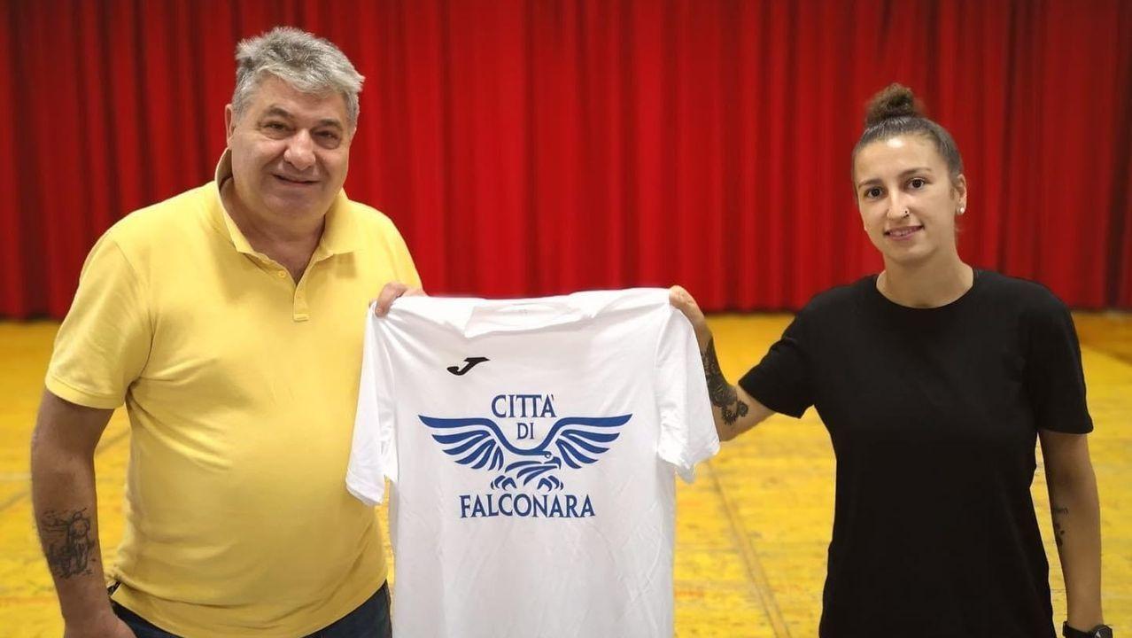 Las imágenes del encuentro de Copa Galicia entre O Parrulo y el Pescados Rubén Burela.La asociación Executivas de Galicia fue presentada en Viveiro, en imagen, el pasado enero
